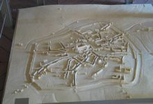 Three dimensional map of the town and ramparts